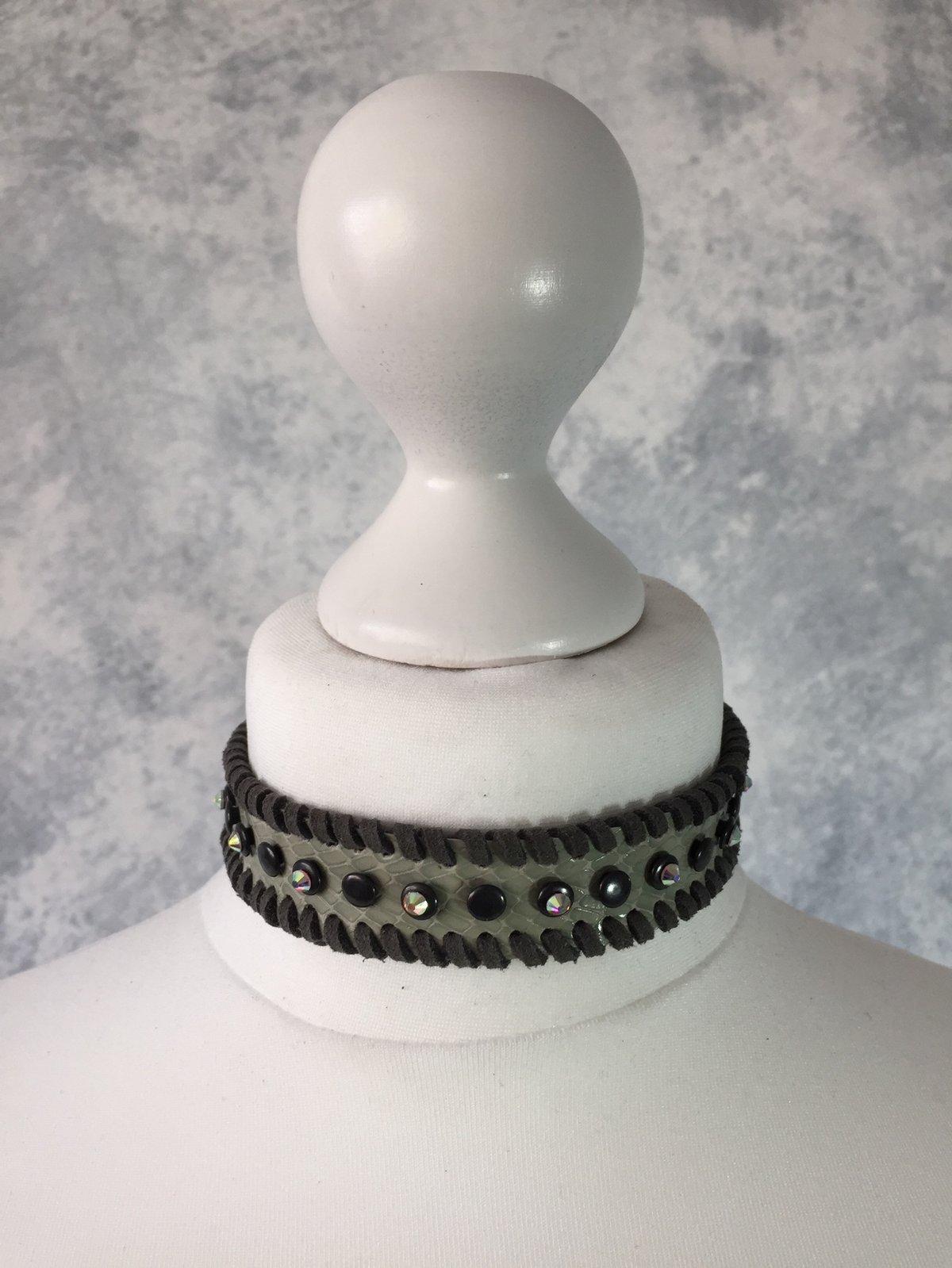 Image of Green Collar with Swarovski rhinestones