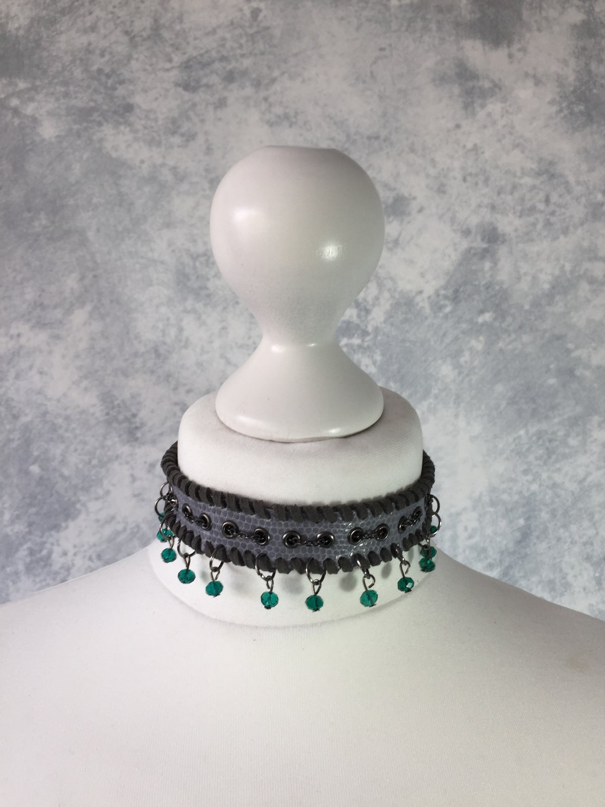 Image of Grey collar with Teal Beads