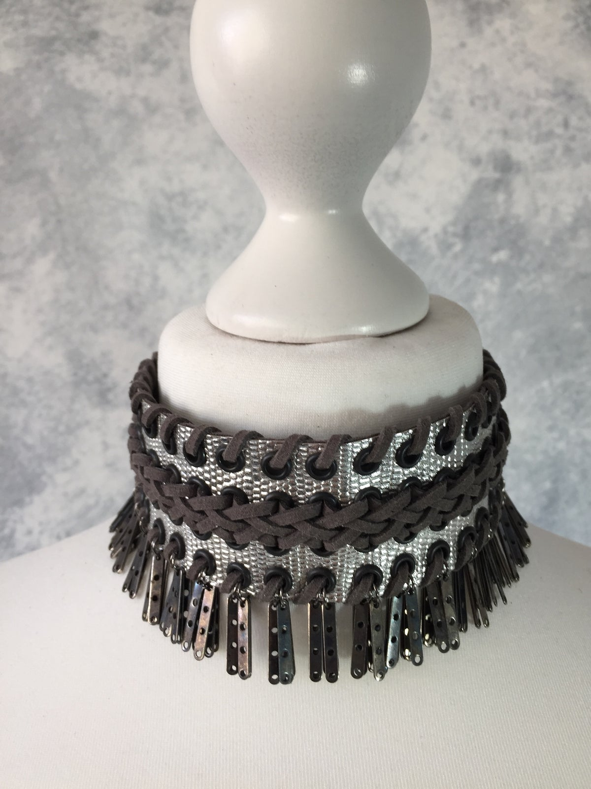 Image of Silver & grey collar with metal droplets