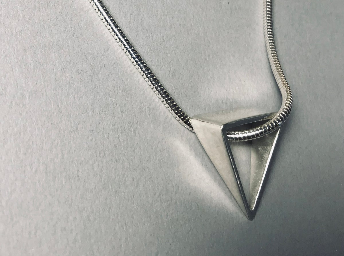 3D triangle pendant
