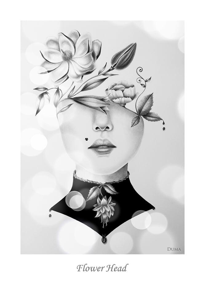 Image of Flower Head 30 x 20 cm
