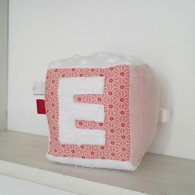 Image of Cubes d'éveil à personnaliser