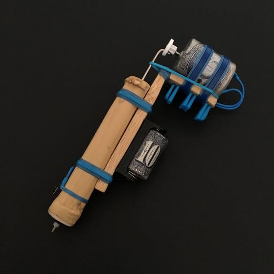 Image of Blue Toothbrush handmade prison tattoo machine
