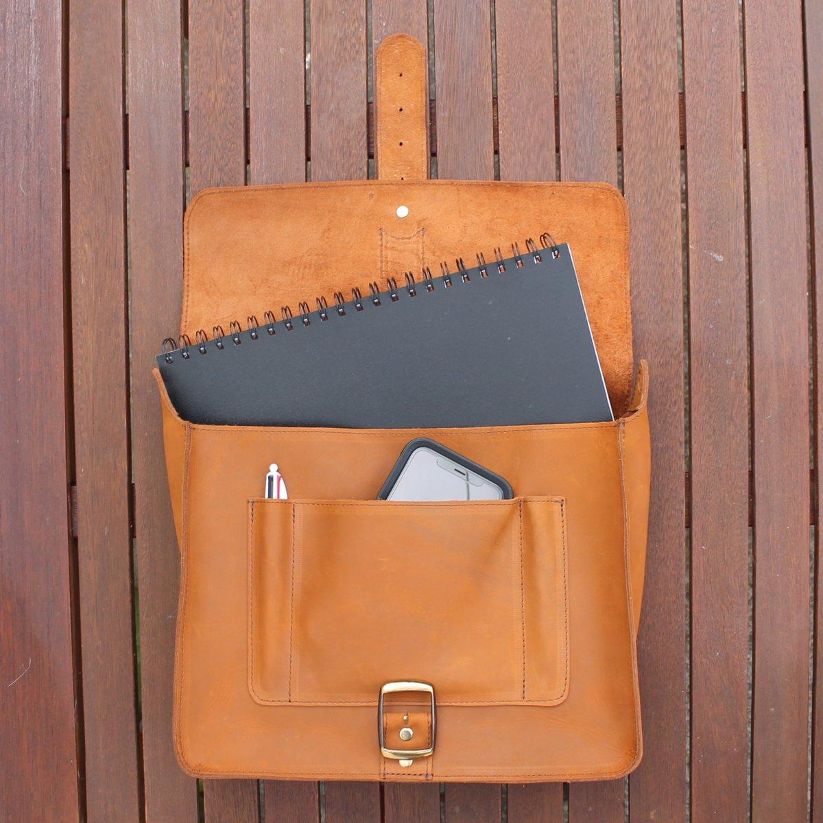 Notebook Carrier in Nubuck
