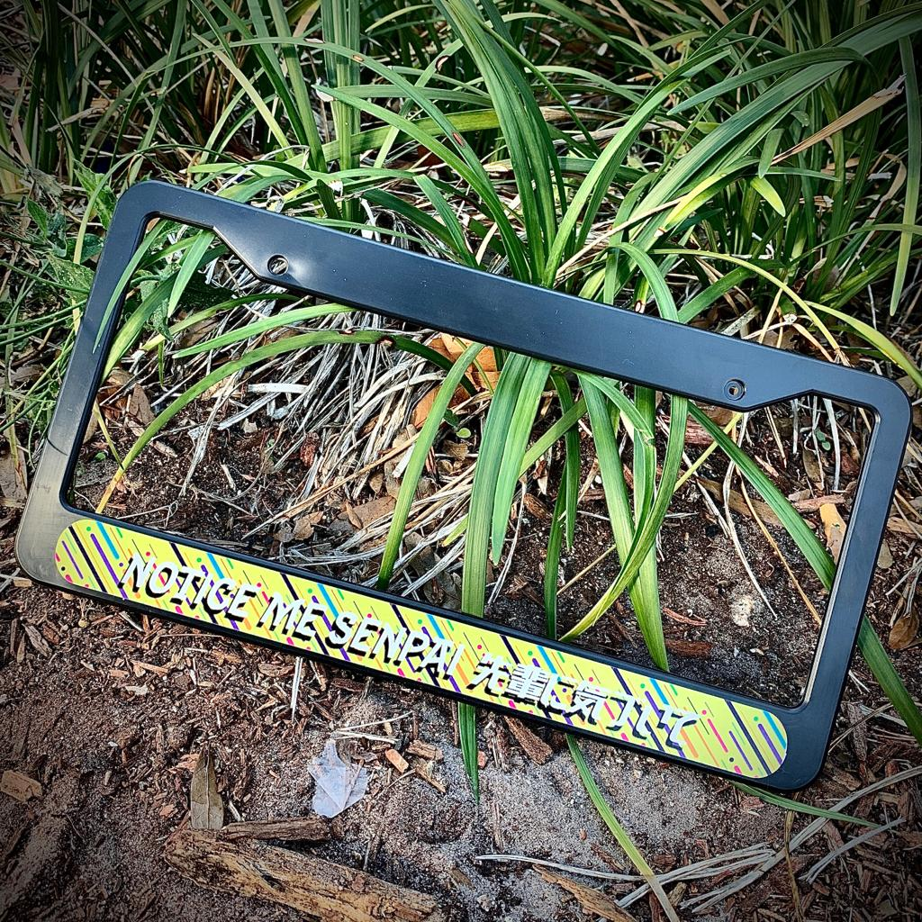 Image of NOTICE ME PLATE FRAME