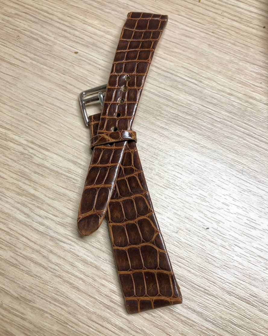 Image of Hand-rolled vintage strap - Brown glazed Alligator