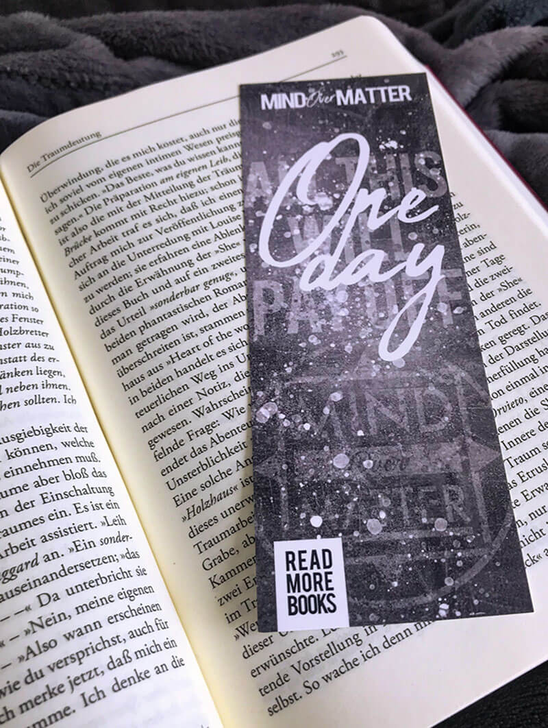 "Image of BOOKMARK ""ONE DAY"""
