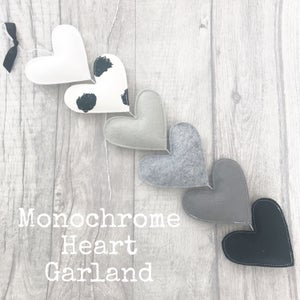 Image of Monochrome Heart Garland