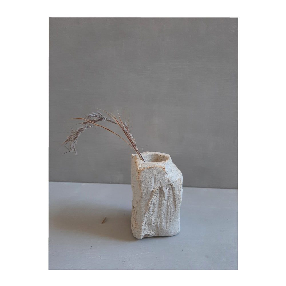 Image of l i t  candle holder | portavelas  l i t