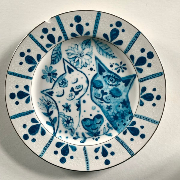 Image of Ultramarine Dream Series Cat Dish 2 -DAMAGED CHIPPED SPECIAL