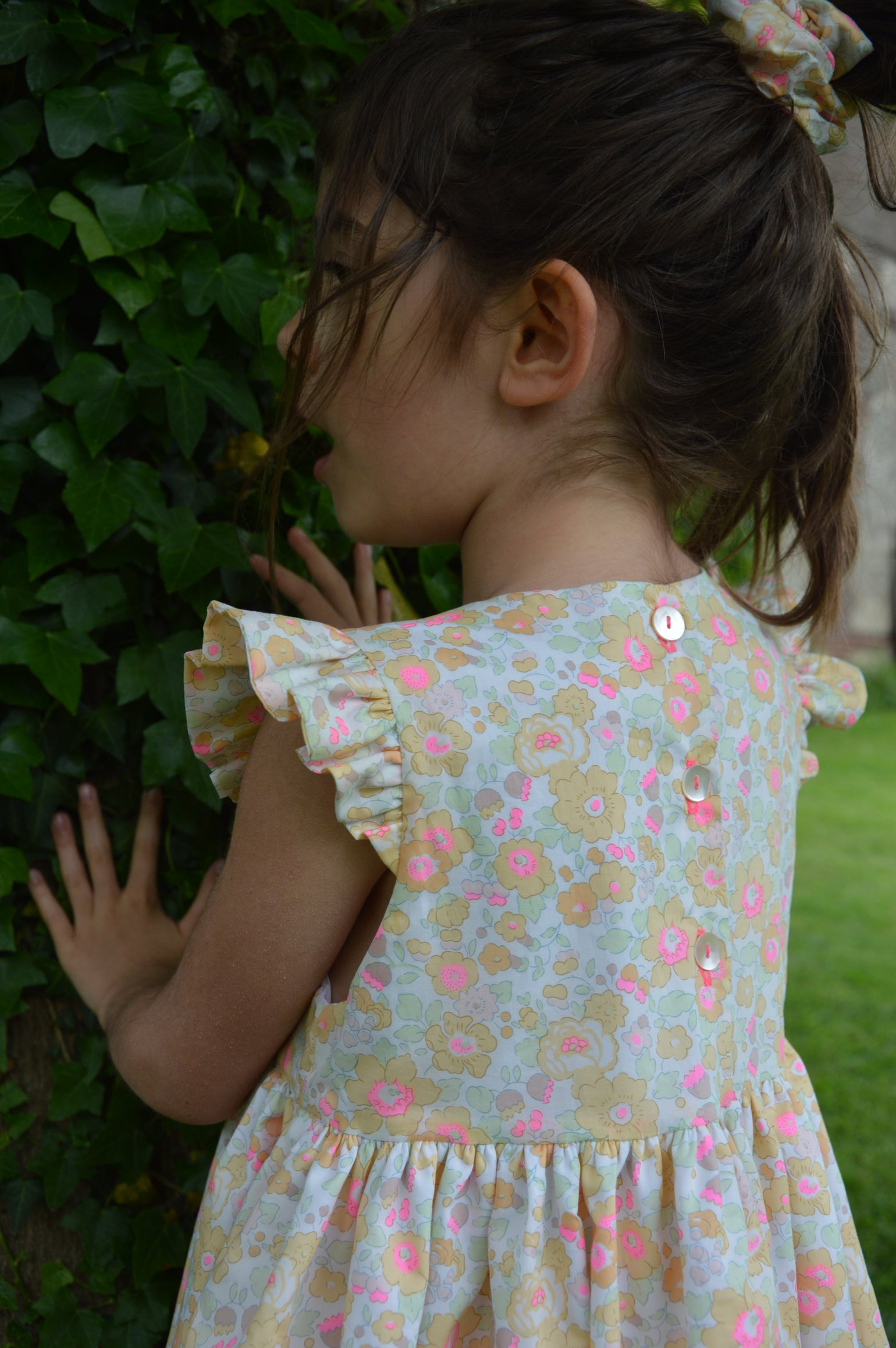 Image of robe liberty betsy lemon curd petits volants aux manches