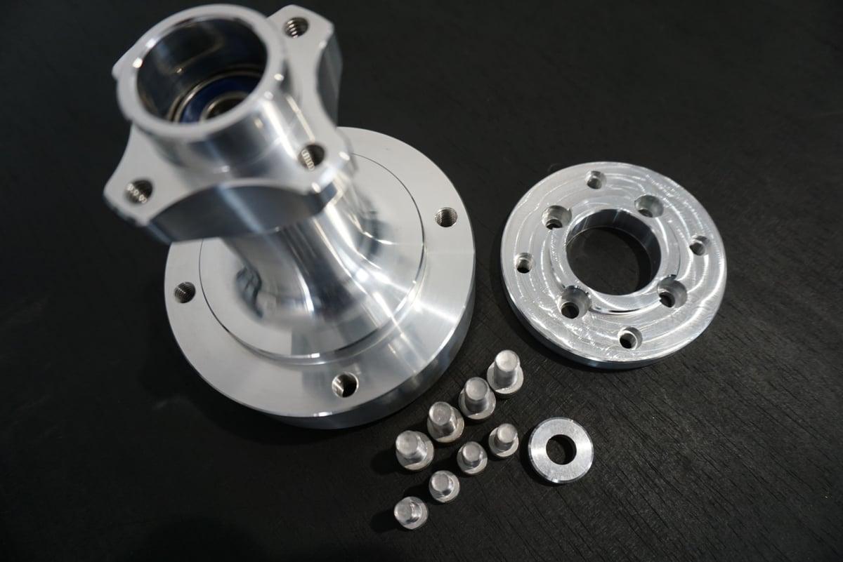 FLP Grom hub set 12x4 and 12x6