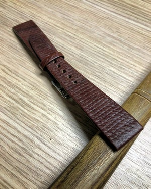 Image of Hand-rolled vintage strap - Cuir De Russie