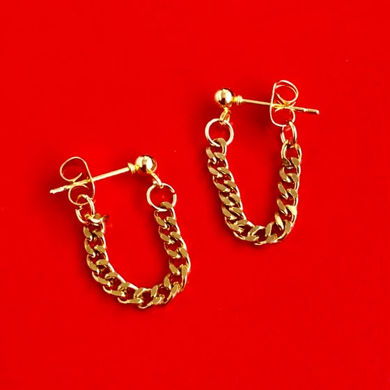 Image of CHAIN STUD EARRINGS - GOLD