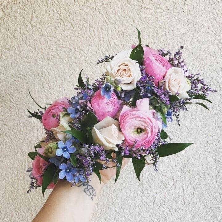 fresh floral crowns (ADULT)