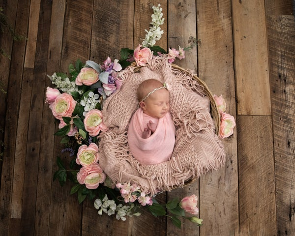 Image of Newborn Session in the Studio