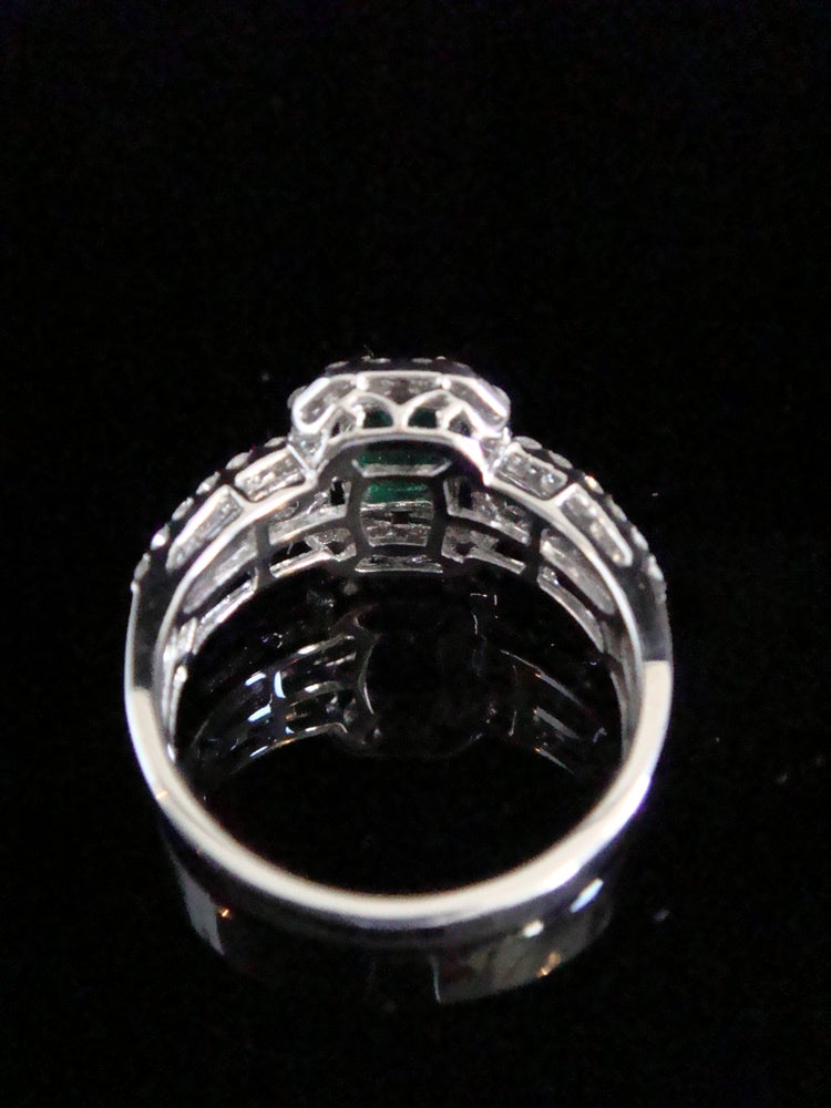 Image of MODERN FINE 18CT WG EMERALD 0.75CT DIAMOND 1.06CT RING VS2-SI1 AND H-I COLOUR