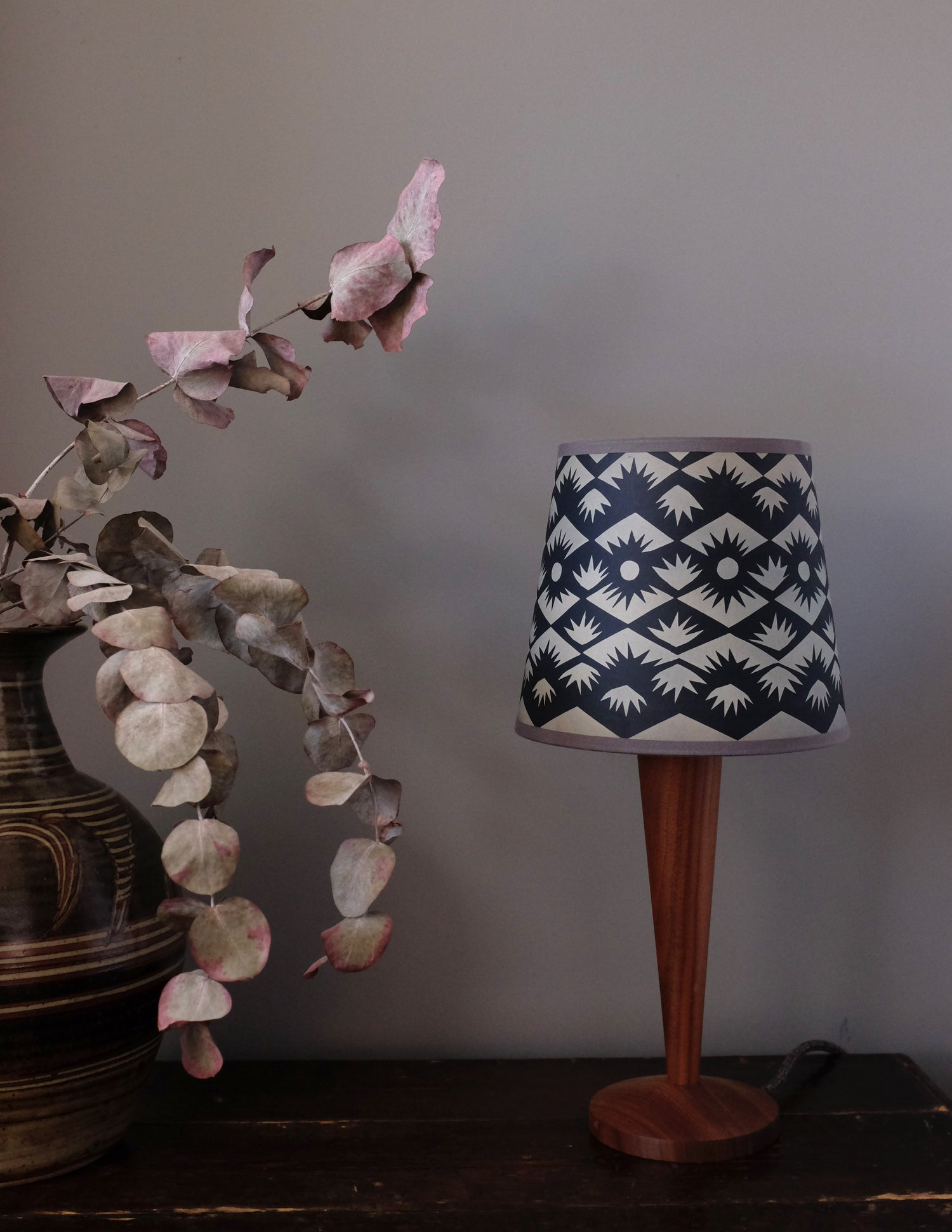 "Tuft 8"" Lampshade - grey"