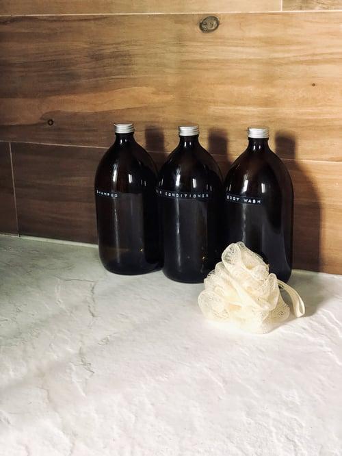 Image of Botella de Vidrio Ámbar Personalizable