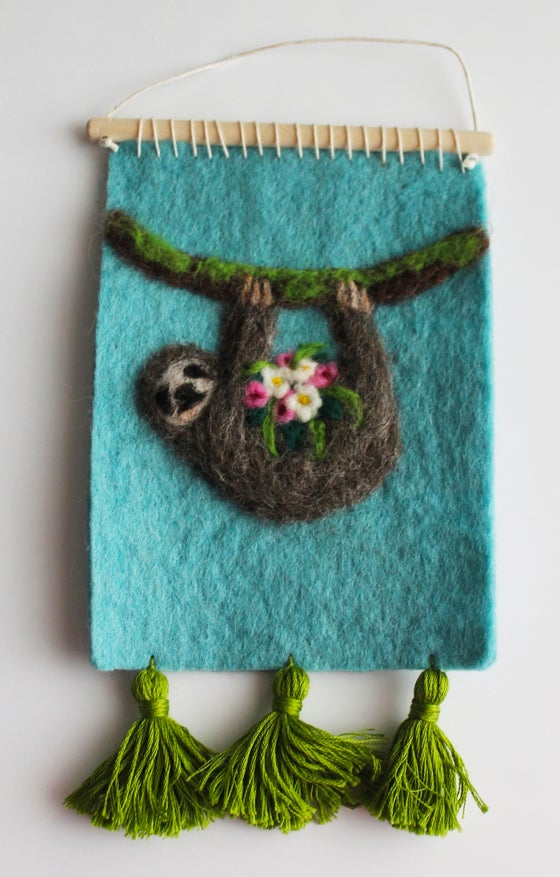 Image of Felted Wall Hanging DIY Kit