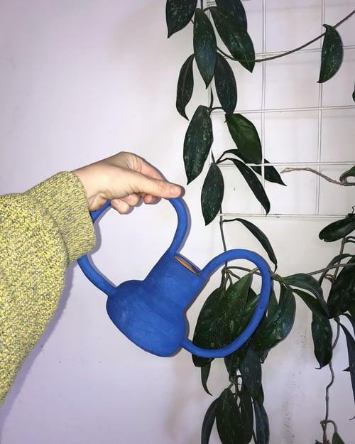 Image of Blue Vase w. handles 02