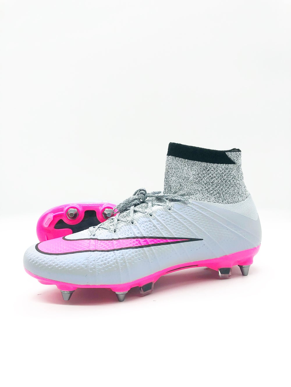 Image of Nike Superfly IV SG-pro Grey Pink