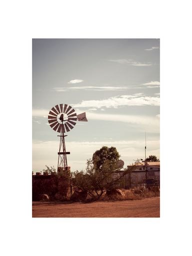 Image of PHOTO - WINDMILL