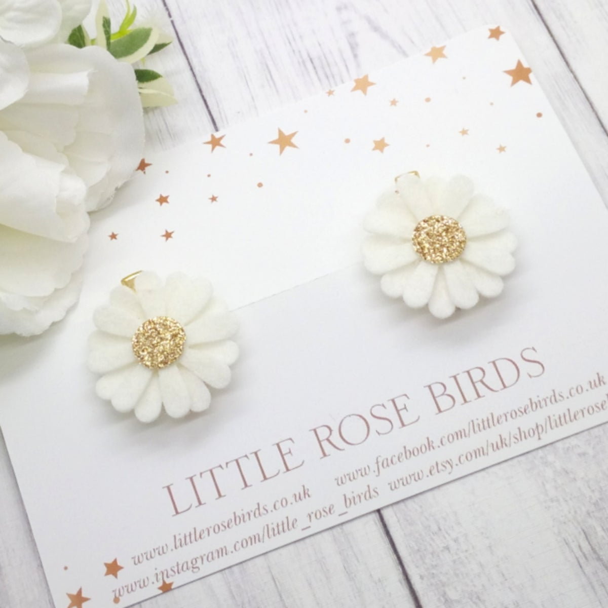Image of White/Gold Daisy Pigtail Clips