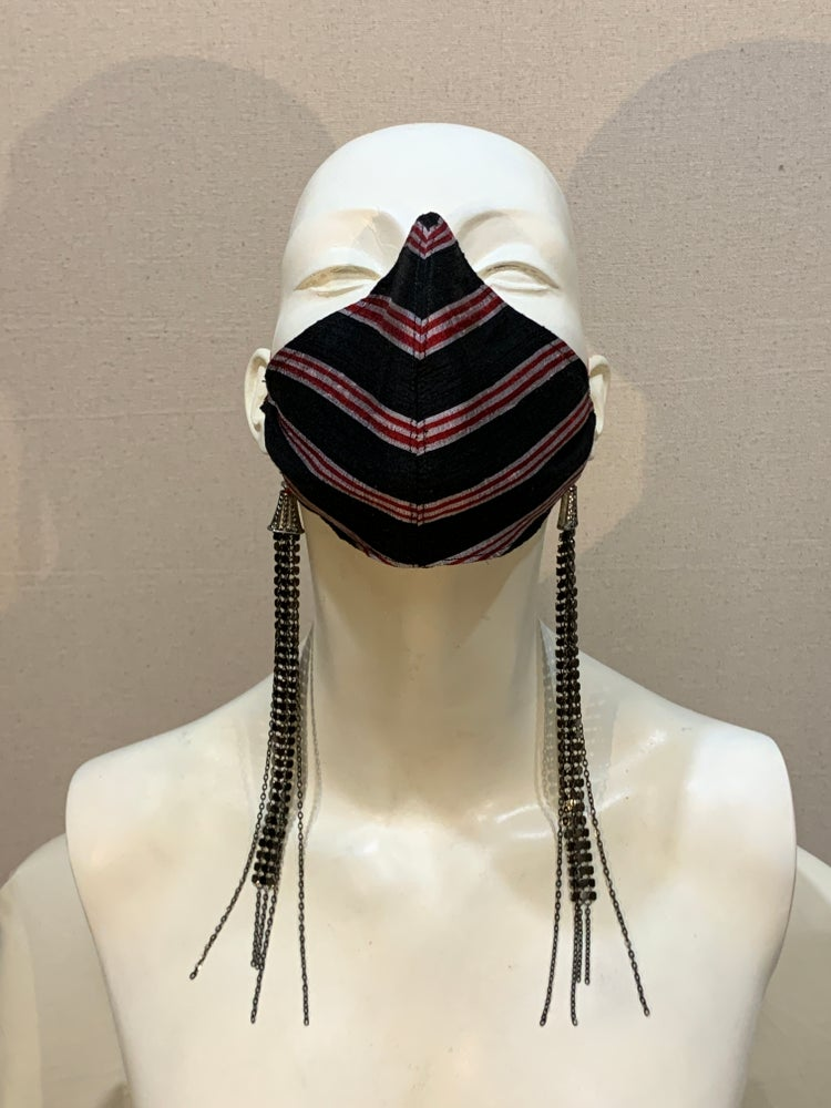 Image of Couture  Mask   Blk / Red  Chain