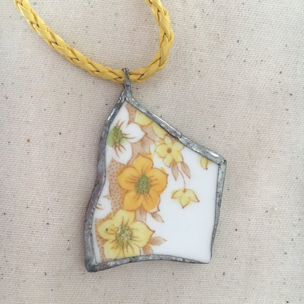 Image of Yellow Flower Ceramic Necklace