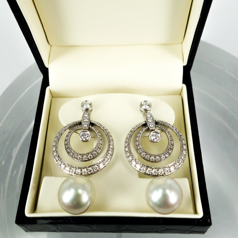 Image of E1448 - Diamond interlocking hoop earrings with south sea pearls