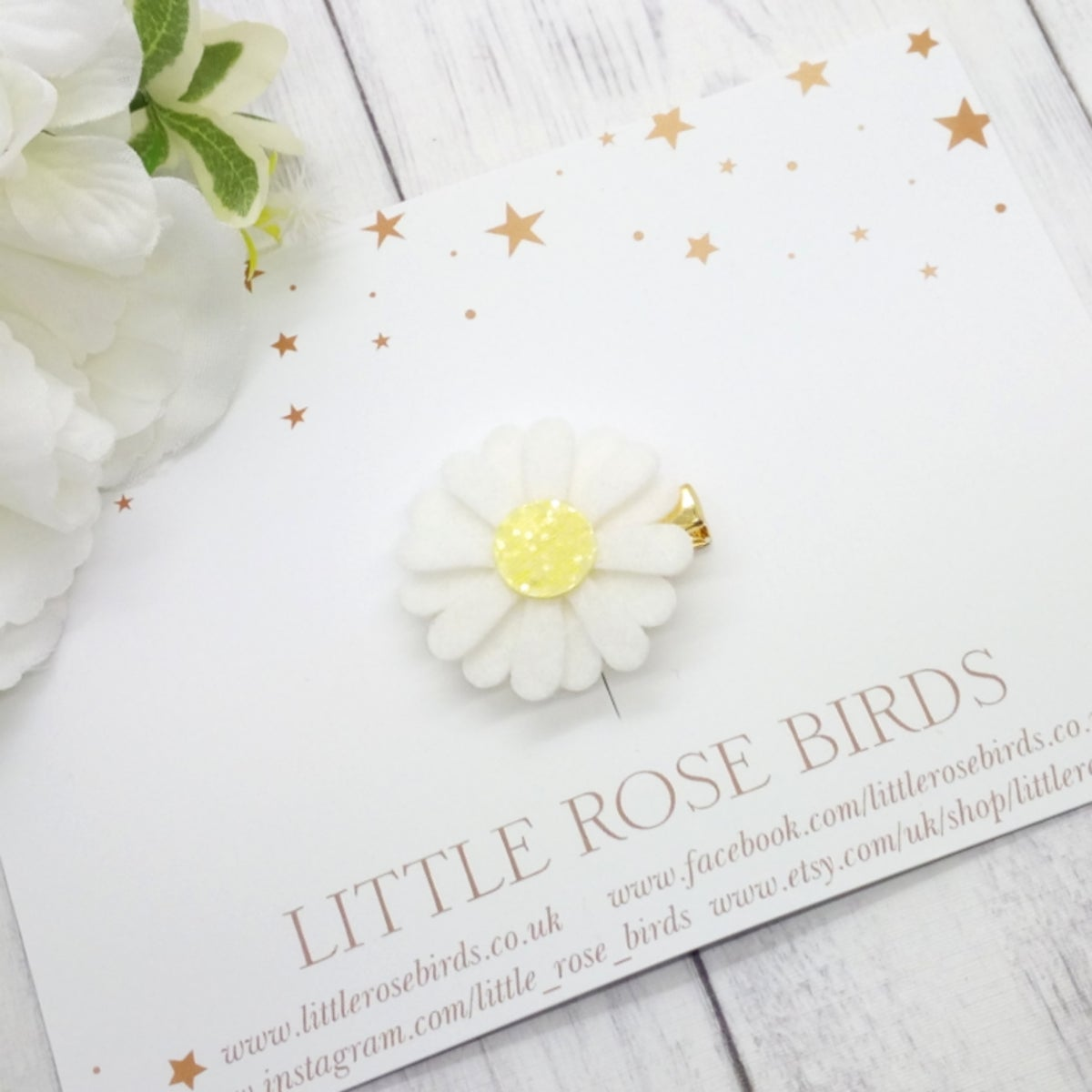 Image of White Single Daisy  - Choice of Headband or Clip