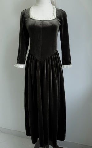 Image of SAMPLE SALE - Unreleased Dress in Dark Turquoise Velvet 014