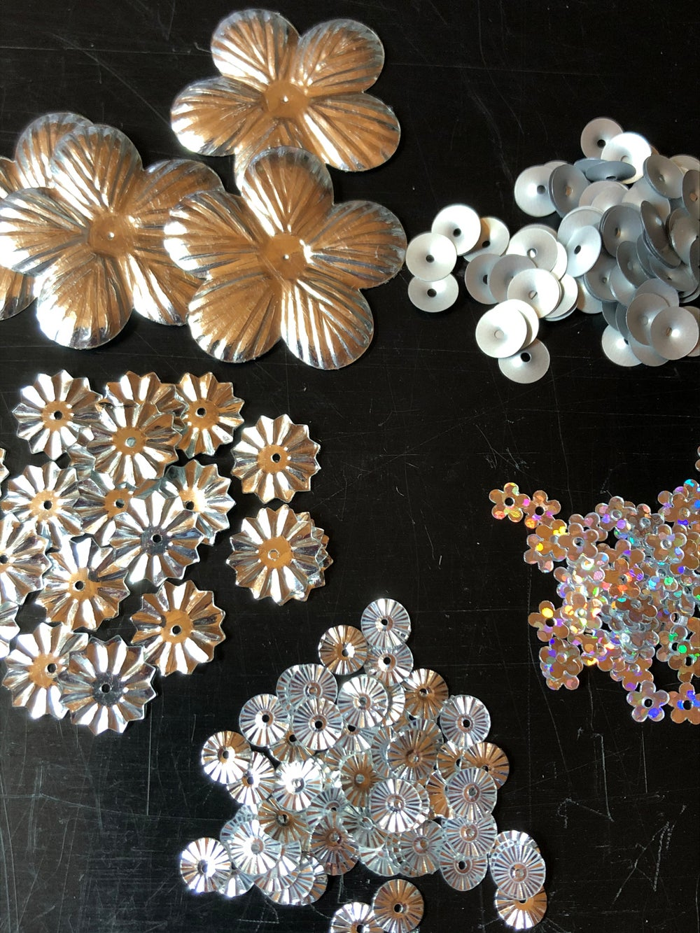 Image of Sequins/ 5 silver, assorted shapes and sizes 4-06
