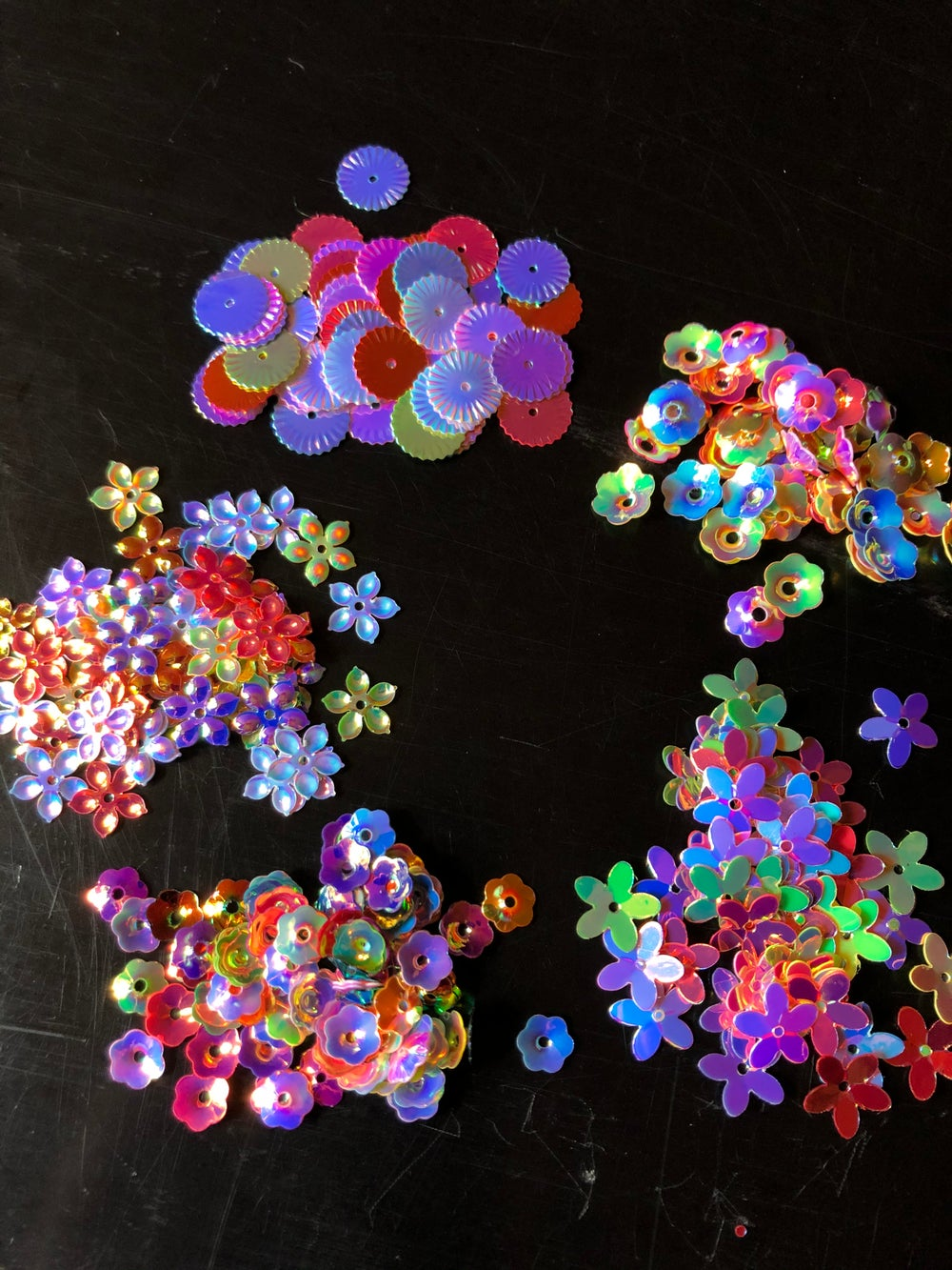 Image of Sequins/ 5 multi colored, assorted shapes and size 4-05
