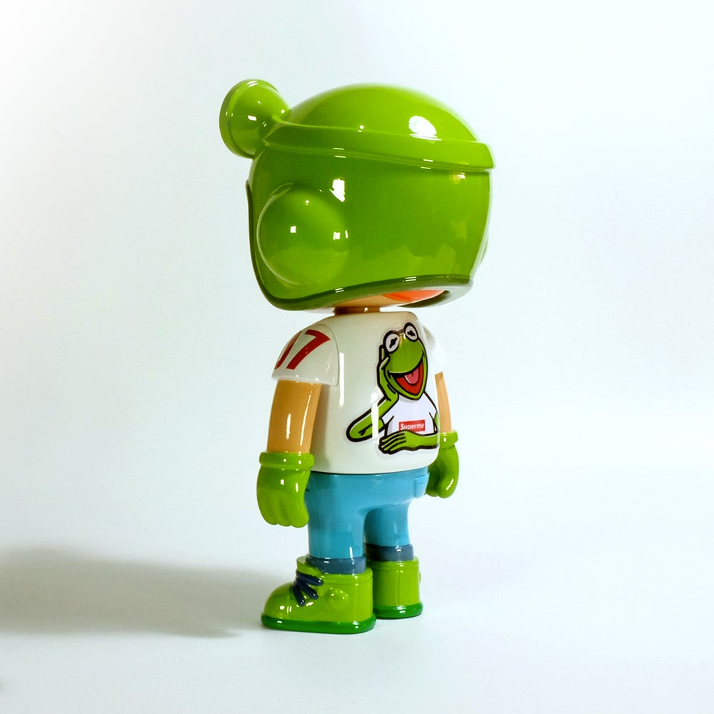 Image of Owangeboy statue - Mr. Frog colorway