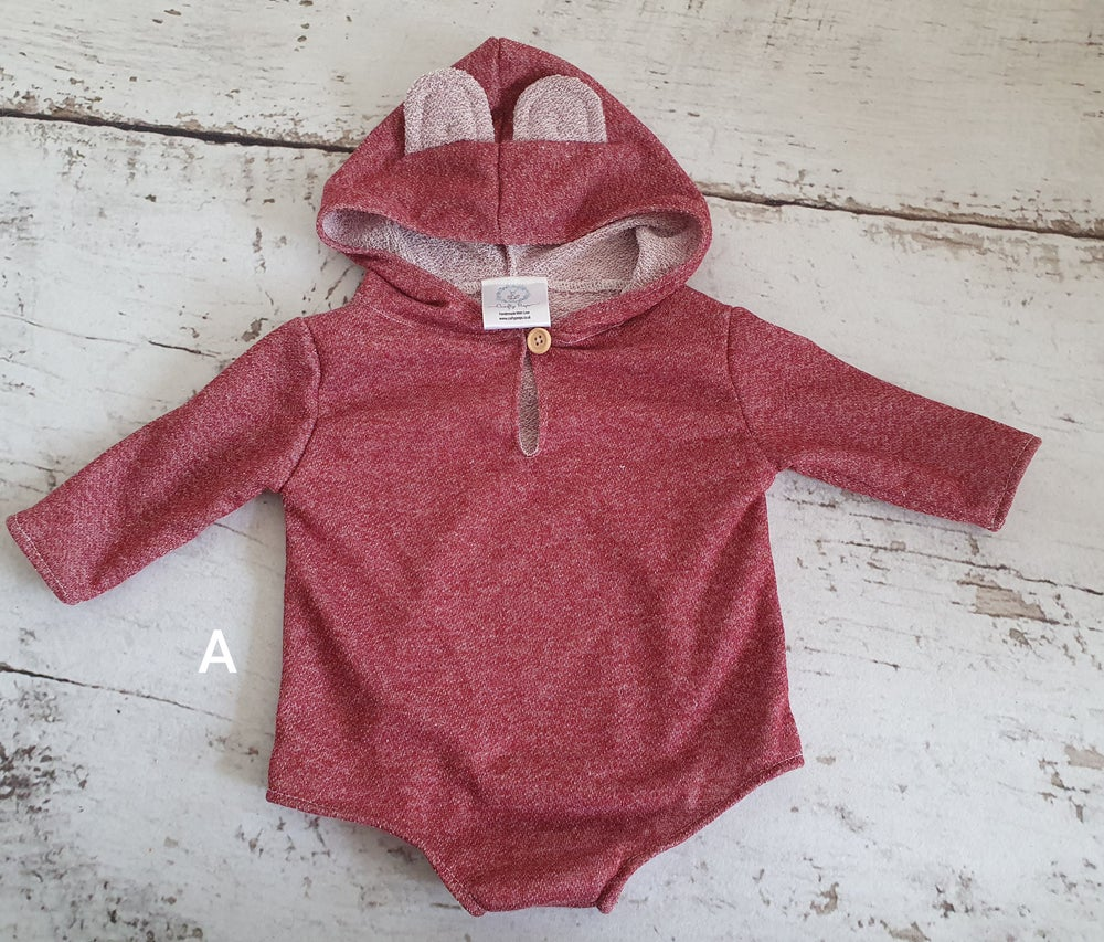 Image of Sitter 6-12months outfits. Ready to post