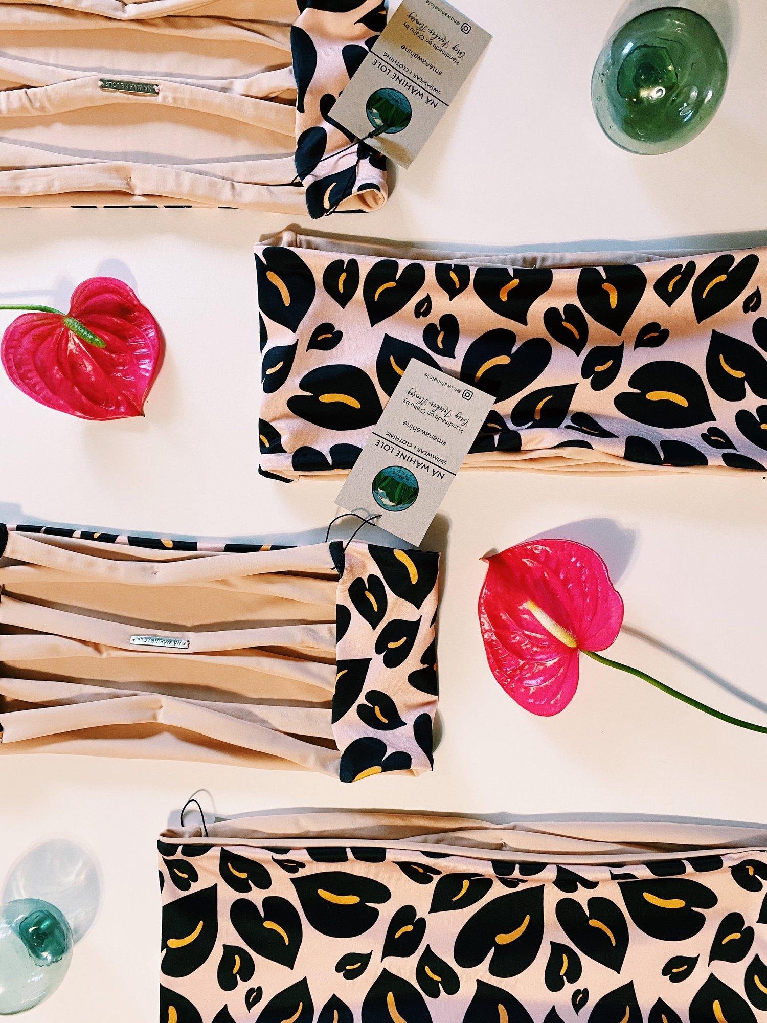 Image of Ready to ship- peach cheetah deni top