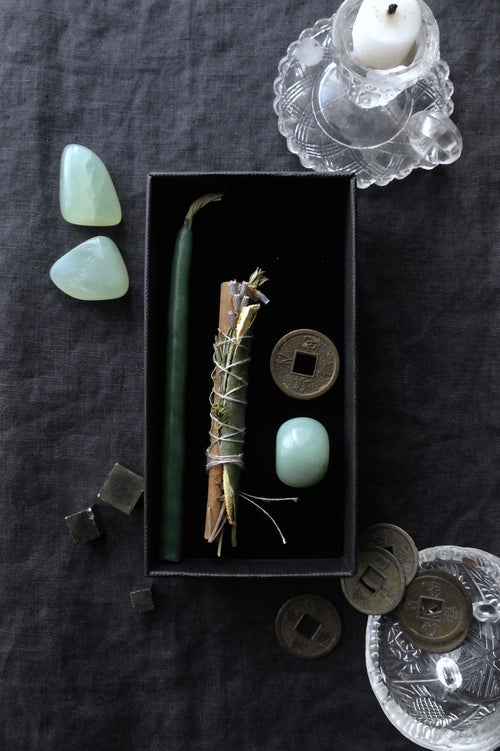 Image of CABRE D'OR. ABUNDANCE THEMED BOX ↟ Organic smudge bundle, lucky feng-shui coin, candle, green jade