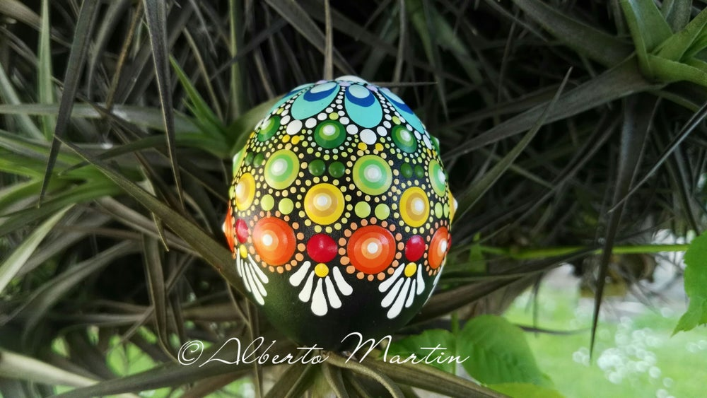 Image of Spring 6-2020. Mini Flowers Egg-shaped Natural stone by Alberto Martin