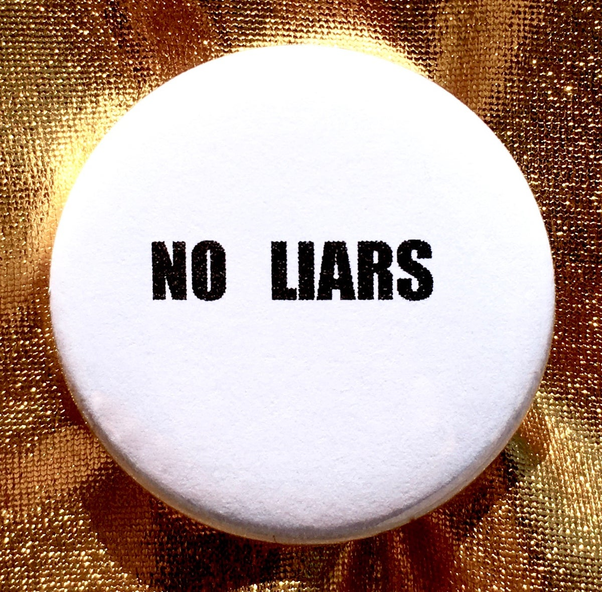 Image of Button #28 (No Liars)