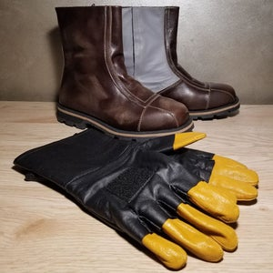 Image of DIN MANDO COMBO (Boots and Gloves)
