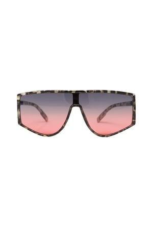 Image of Lovin It Extra Sunglasses