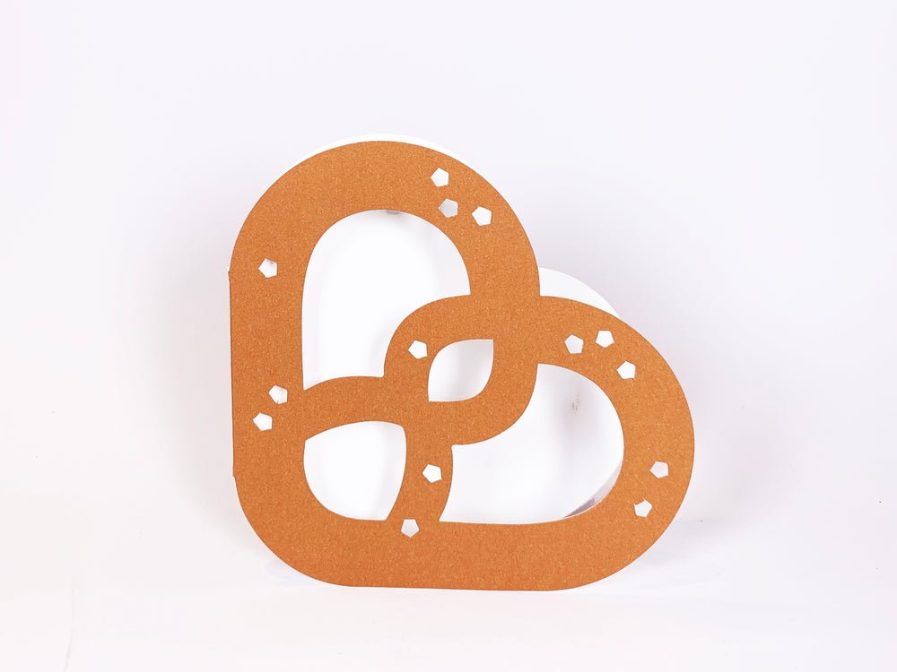 Image of Two Brezel Cards - In a Twist