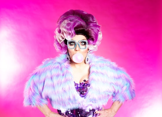 Image of 8 X 10 Print - Mrs Kasha Davis - Bubble Gum