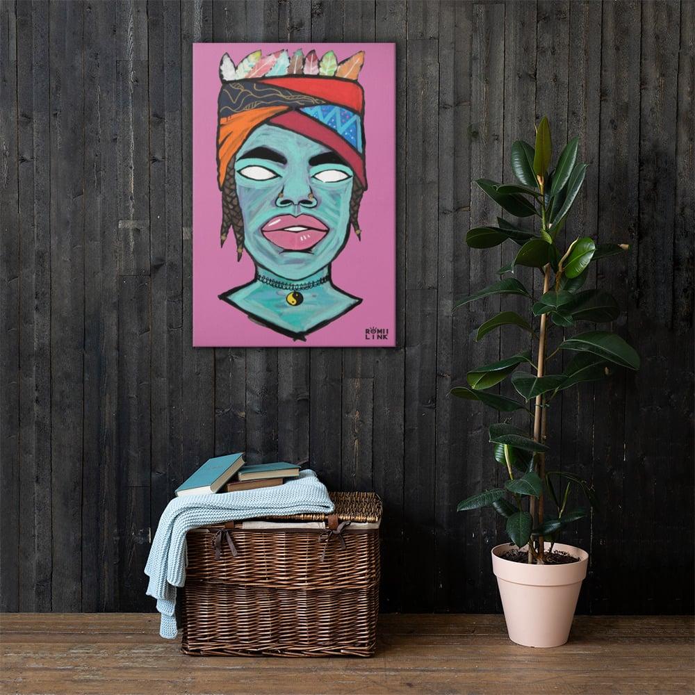 Crown Canvas