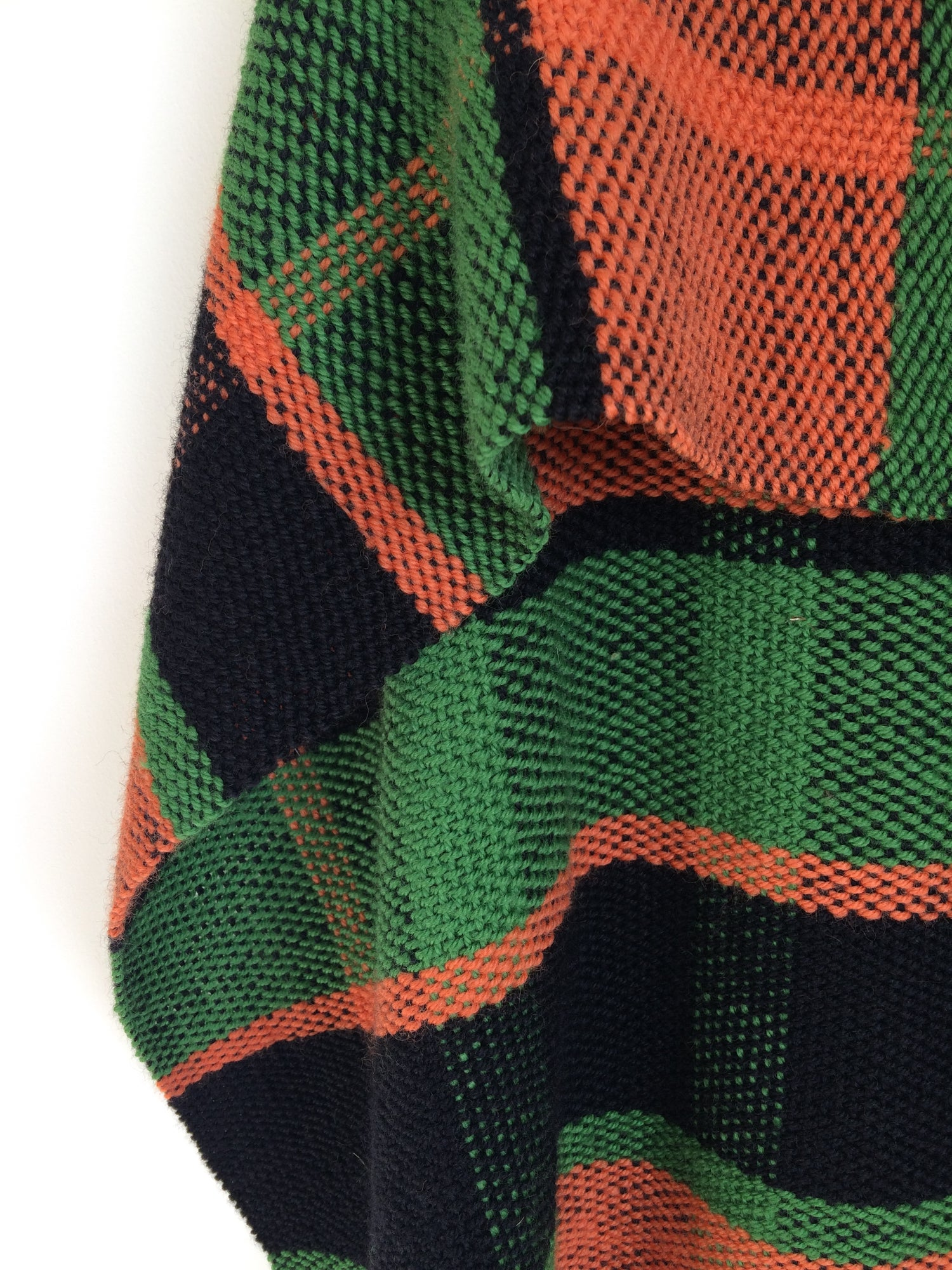 Image of Workshop 1: Weave your own plaid design