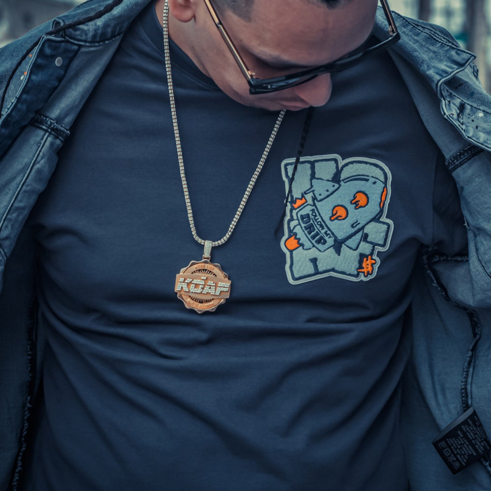 Image of FOLLOW MY DRIP CHENILLE PATCH TEE (NAVY)