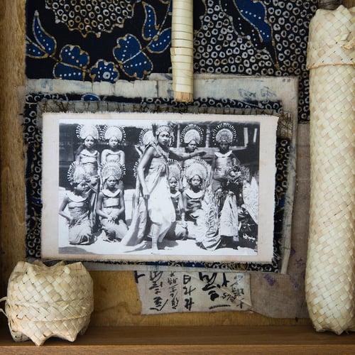 """Image of Boîte à trésors - """"Bouddha et vannerie lontar"""""""