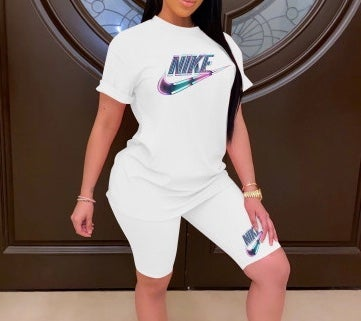 Image of Nike Biker & Tee Set